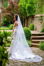 $enCountryForm.capitalKeyWord NZ - Hot Best Selling Elegant Luxury Alloy Comb High Quality Romantic Amazing Chapel Lace Edge veil Bridal Head Pieces For Wedding Dresses