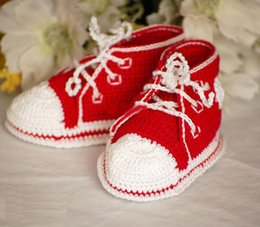 Yarn Crochet Unisex Baby Booties Australia - Autumn Winter Crochet Baby Boys Girls Sports Shoes Sneakers Newborn Infant Tennis Shoes Knitted Shoe First Walkers Booties 0-12M Cotton Yarn