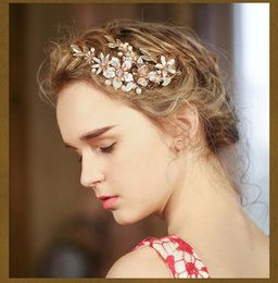 Barato Cabeça De Flor Frisada-New Design Gold Flowers Bling Bling Crystal Beaded Bridal Hair Accessories Bridesmaid Wedding Party Headpieces Handmade Hairpins
