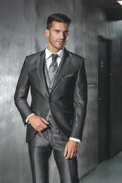 Gilet De Cravate Foncé Pas Cher-Gros-mode One Button mariage Dark Grey Groom Smokings Groomsmen Mens Suits Prom Epoux (veste + pantalon + veste + Cravate) NO: 508