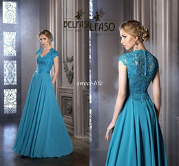 Hunter Green Chiffon Dresses Canada - Custom Made Hunter Green Mother of the Bride Dresses Long Chiffon Vintage Lace Cap Sleeve V-neck 2016 Wedding Guest Formal Dress Prom Gowns