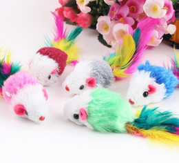 Funny Play Toys Mouse NZ - Soft Fleece False Mouse Cat Toys Colorful Feather Funny Playing Toys For Cats Kitten G1046