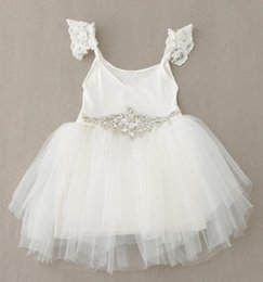 Barato Strass De Arco Branco-INS Hot Brand Sweet Girl Lace White Dresses 2015 Summer Princess Bow Beaded Twinkle Rhinestone Belt Tulle Suspender Party Dress