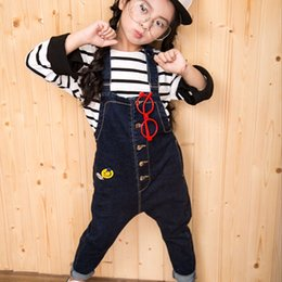 Barato Macacões Pretos-Girls Solid Spring Outono Temporada Tidal Current Cowboys Black Overalls Algodão Tidal Model Workman Jeans Loose Straight Type Trousers