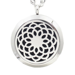 $enCountryForm.capitalKeyWord UK - 5PCS 30MM 3Styles Lochrysanthemum Essential Oil Diffuser Perfume Locket Necklace Pendant 2017 Necklace Pendant With Pads Chain