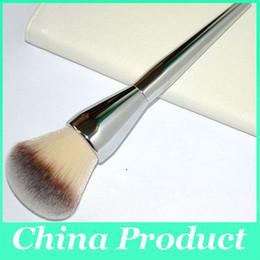 It Cosmetics x ULTA Love Beauty Fully Buffing Mineral Powder Brush #206 by IT Cosmetics #21