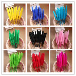 $enCountryForm.capitalKeyWord Canada - Free shipping 2000PCS High quality beautiful goose feather 10-15cm 4-6 inches 17 colors Wedding centerpiece decor