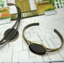 $enCountryForm.capitalKeyWord Australia - 20pcs Wholesale ANTIQUE BRONZE 25mm Cameo Setting Disc Cuff Bangle and Bracelets Blank base DIY Jewelry settings