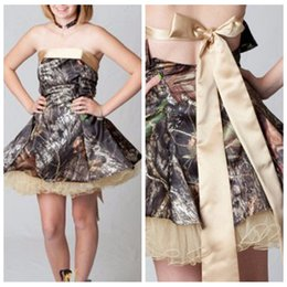 Jeunes Filles Habillées Princesses Pas Cher-Princess Strapless Camo Stin Short Junior Jeunes Robes Homecoming Robes de fête Robes de soirée aux filles Robes de bal Tulle under camouflage