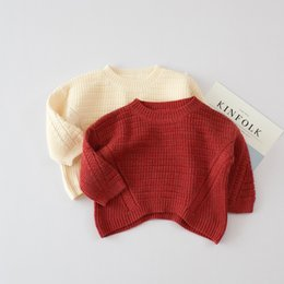 Barato Camisola Bege Do Knit Do Bebê-Everweekend Baby Girls Batwing Knitted Sweater Tops Ruffles Candy Vermelho e Bege Cor Loose Tops Outono Inverno Vestuário