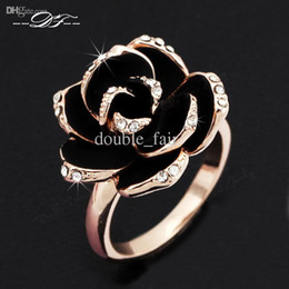 $enCountryForm.capitalKeyWord Australia - Romantic Rose Flower Crystal Paved Engagement Rings Wholesale 18K Gold Plated Fashion Brand Jewelry For Women Gift anel DFR094