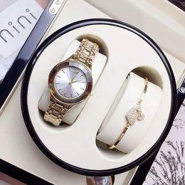 19 chains online shopping - Luxury Women watches Rose Gold Rhombus Dial Hot Items Steel Bracelet Chain Dress watch Lady Wristwatches Nobel Female Quartz