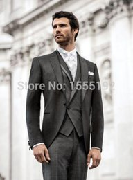 Barato Casaco Longo Do Smoking Do Noivo-Atacado-2016 Suits Groomsman Custom Made Fit One Button Long Coat cinzento do casamento do noivo smoking Com veste e no laço Purfle Business Process S