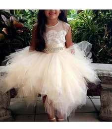 Robe De Dentelle Juniors Ivoire Pas Cher-Tulle Lace Flower Girl Robes White Ivory Junior Fleur Fille Robes pour filles Mariage Communion Vintage Princess Pageant Gowns
