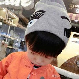 Wholesale Children Cute Big Eyelash Blink Pattern Kids Hats Fashion Winter Woolen Beanies for Girls Boys Bonnet Enfant Children Caps