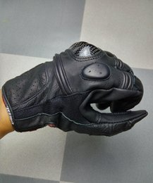 $enCountryForm.capitalKeyWord NZ - HOT SALE Danise leather carbon fiber motorcycle gloves moto racing gloves knight riding gloves 2 kinds of color size M L XL