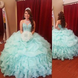 Robe Verte De Menthe D'adolescents Pas Cher-Mint Green Ball Gown Ados Quinceanera Robes Sweetheart Cristal Perlé Ruffled Organza Robe de bal Sweet 16 Party Gowns vestidos de 15 anos