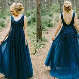 Demoiselles D'honneur Bleu Foncé Pas Cher-Perles élégantes A-Line Prom Gown Longueur de plancher Backless Dark Blue Straps Robes Party Evening Cheap Price Robe de demoiselle d'honneur longue