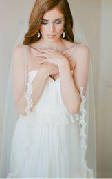 $enCountryForm.capitalKeyWord NZ - New Amazing Elegant Luxury One Layer Fingertip Length White Ivory Lace Applique veil Bridal Head Pieces For Wedding Dresses