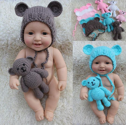 Barato Urso De Malha-Newborn Infant Baby Girl Boy Fotografia Props Foto Crochet Costume de malha Bear Toy + Hat Set M117
