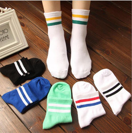 Chaussettes Rayures Sport Pas Cher-Hommes en gros-Classique 2 Deux Retro Old School Stripes Cotton Socks Sport Hiphop Football Football Skate court Meias Calcetine harajuku blanc