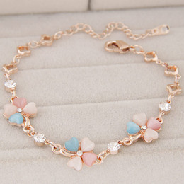 Gold Jewelry Ends Canada - High End Refinement Korean Fashion Fine Jewelry Accessories OL Opal Czech Drilling Plant Clover Gold Warp Charm Chain Bracelets For Women