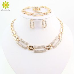 $enCountryForm.capitalKeyWord NZ - Hot Fashion African Bridal Wedding Costume Jewelry Sets For Women Gold Plated Crystal Rhinestone Necklace Set