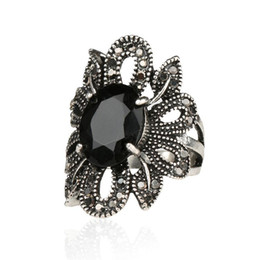 Rings Hipsters Canada - Punk Rock Ring Jewelry Silver Restoring Ancient Ways Black Agate Stones Hollow Out Female Personality Hipster Index Finger Rings