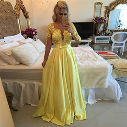 Wholesale Sheer Long Sleeve Prom Dresses Long Yellow Modest Prom Dresses with Pearls Taffeta Cheap Backless Evening Dress