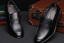 flat foot shoes Canada - Business dress shoes leather shoes for men and men set foot men wear breathable shoes