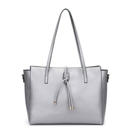 Famous brand leather material handbag woman use with high quality hot  selling large capacity simple design from china supplier d5602007397ba