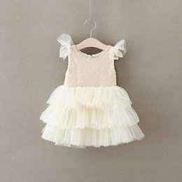 Barato Crianças Vestidos De Meninas Por Atacado-2016 New Baby Girls Lace Vestidos Sequined Kids Girl Princess Mesh Vestido Girl Summer Flutter Sleeve Party Dress Babies Wholesale Clothing