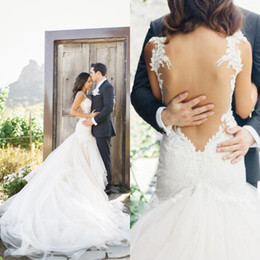 $enCountryForm.capitalKeyWord NZ - 2016 Sexy Backless Wedding Dresses Fit and Flare Bridal Gowns Beaded Lace Appliqued Bodice Sweetheart Neckline Long Cathedral Train