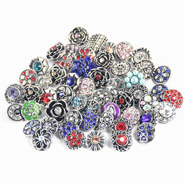 $enCountryForm.capitalKeyWord Canada - wholesale Bulk Mixed Styles 12mm Snap Buttons Charm Chunk Rhinestone Ginger Interchangeable copper alloy Snaps Jewelry Brand New Hot Sale