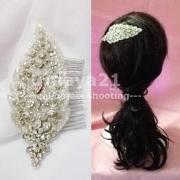 $enCountryForm.capitalKeyWord Canada - Bridal Couture Headpiece Vintage Inspired Bridal Hair Accessories Delicate Handmade Beaded Glass Crystals Sliver Bling Wedding Combs