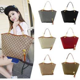 2017 hot brand new high quality canvas chain shoulder fashion bags casual fashion handbag fringed decoration single shoulder chain bag