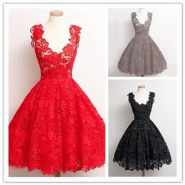 Green Lace Dress Xl Canada - High quality dress skirt +2017 European and American fashion Slim plus lace stitching dress (red, green, gray, black) S-XL