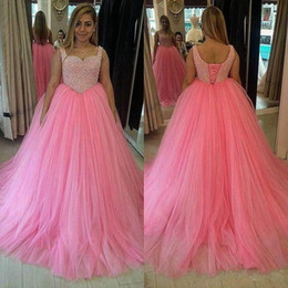 Wholesale Superbe luxe perlé Rose Puffy robe de bal robe de bal longues bretelles Corset Lace up Retour étage longueur Tulle Quinceanera Robes Custom Made