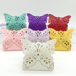 Barato Caixas Do Favor Doces Da Borboleta-Type_2 100pcs Laser Cut Hollow Butterfly Candy Box Chocolates Boxes para festa de casamento Baby Shower Favor Gift