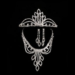 $enCountryForm.capitalKeyWord NZ - Hot Sale Unique Three-piece Diamond Sets of Bridal Jewelry Crystal Bridal Crown Necklace Earring Sets Wedding Bridal Accessories