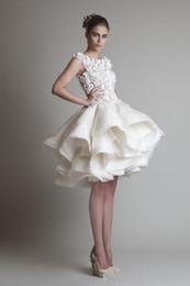 Vente en gros 2019 Nouveau Bateau sans manches A-Line Robes de Mariée Mariage sur la Plage Krikor Jabotian Organza Volants Robe de Mariée Courte 2018