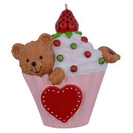 $enCountryForm.capitalKeyWord UK - Bear Cake Cupcake Baby 1st Personalized Hand Painted Polyresin Christmas Ornaments Write Baby Name For Baby Kids Birthday Party Decorations