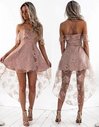 Barato Vestido De Renda Cor-de-rosa-Dusty Pink Sexy vestidos de noiva de renda curta Spaghetti Straps Hi-Lo Prom Dress New Fashion Homecoming Party Dresses BA7000