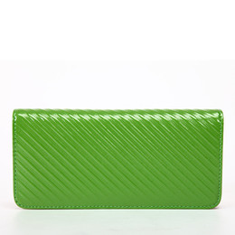 China Green Leather Womens Wallets Brand fashion Card Design Long Purse For Lady And Girls Best Christmas Gifts supplier best brand leather purses suppliers