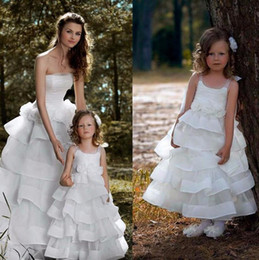 $enCountryForm.capitalKeyWord Canada - White Organza Flower Girl Dresses for Weddings Ankle Length Ruffles Spaghetti Communion Dresses for Girls