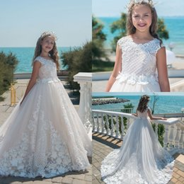 Barato Vestidos De Princesa Para Casamentos De Crianças-Princess Flower Girl Vestidos para casamentos Kids Pageant Vestidos A Line Lace Appliqued Andar Length First Communion Dress Special Occasion