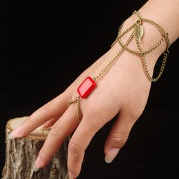 $enCountryForm.capitalKeyWord Canada - Red Turquoise Antique Bronze Chain Leaf Ring Bracelet