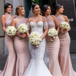 Barato Blue Wedding Gowns Venda-Hot Sale Dusty Pink Vestidos de dama de honra 2018 Elegant Halter Neck Appliqued Mermaid Long Maid Of Honor Formal Wedding Guest Gowns Evening