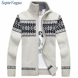 Vestido Jacquard Suéter Baratos-Brand Man Sweater 2016 Winter Dress Warm Thick Stand Collar Suéter Mens Casual cremallera de punto jacquard Cardigans Jerseys para hombre