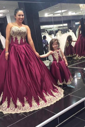 $enCountryForm.capitalKeyWord NZ - 2019 Spring Charming Mother and Daughter Matching Dresses Ball Gown Prom Dresses Satin Gold Appliques Lace Border Formal Flowers Girls Gowns